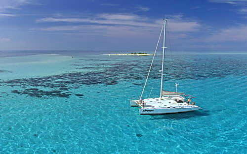 Sailing in New Caledonia Lagoon